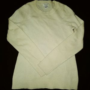 Barneys 100% cashmere sweater small
